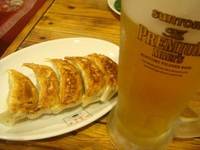 【翠葉】⑥餃子ビール.JPG